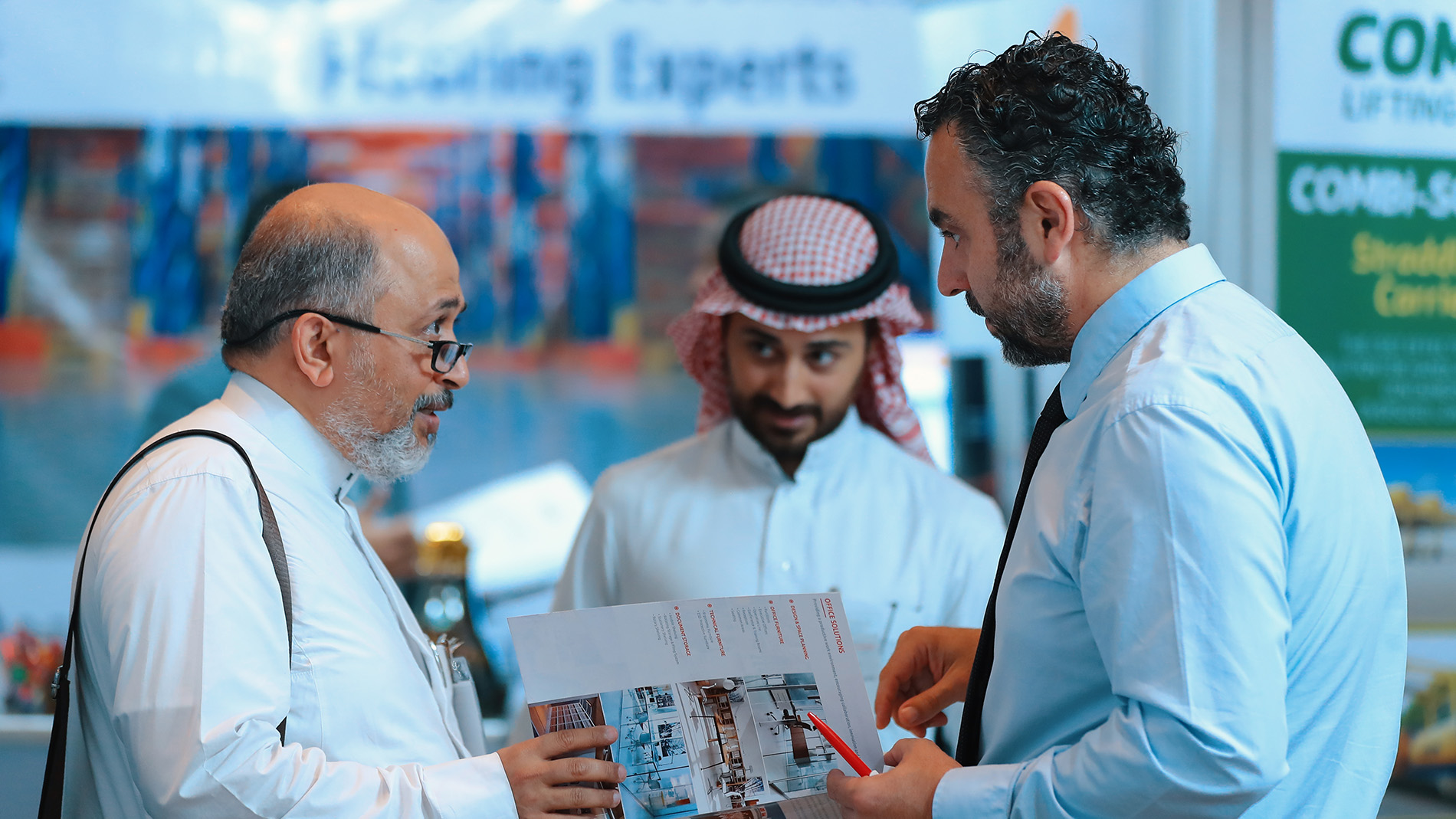 Materials Handling Saudi Arabia - Exhibitor interaction